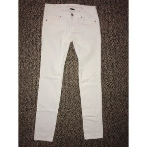American Eagle Outfitters Jeans - NWOT IVORY AE skinny jeans